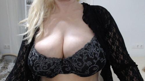 skype online chat massage & escort