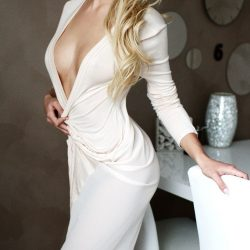 Claire independent escort